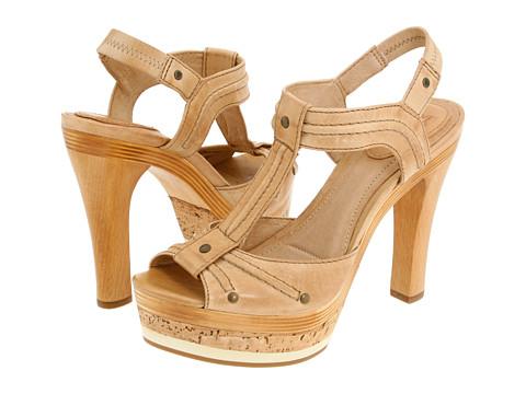 Sandale Frye - Kara Trapunto T Strap - Sand Soft Vintage Leather