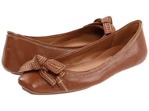 Pantofi Elie Tahari - Blythe Driver - Butterscotch