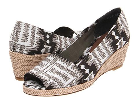 Pantofi Stuart Weitzman - Archive - BWH Maya Linen