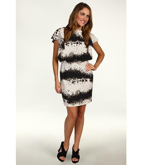 Rochii Jessica Simpson - Artful Stripe Batwing Dress - Black/White