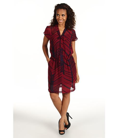 Rochii DKNY - Drop Shoulder V-Neck Dress - Pomegranate
