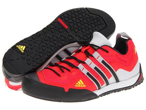 Adidasi adidas - Terrex Swift Solo - Vivid Red/Black/Clear Grey