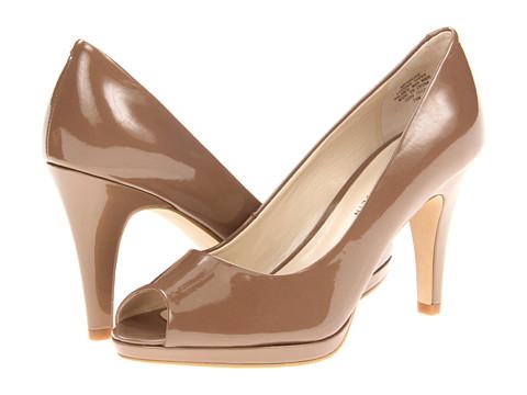 Pantofi Anne Klein - Park Ave - Truffle Patent