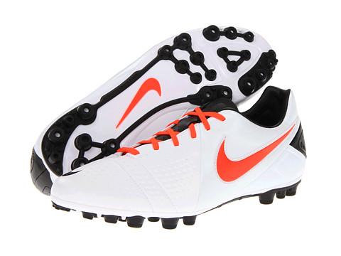 Adidasi Nike - CTR360 Libretto III AG - White/Black/Total Crimson