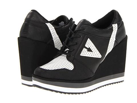 Adidasi VOLATILE - Wildfoxy - Black