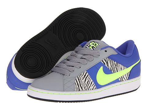 Adidasi Nike - Isolate W - Fiberglass/White/Neo Turquoise/Bright Citrus