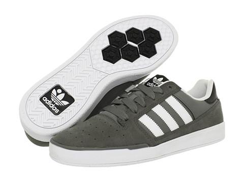 Adidasi adidas - Pitch - Mid Cinder/Running White/Black 1