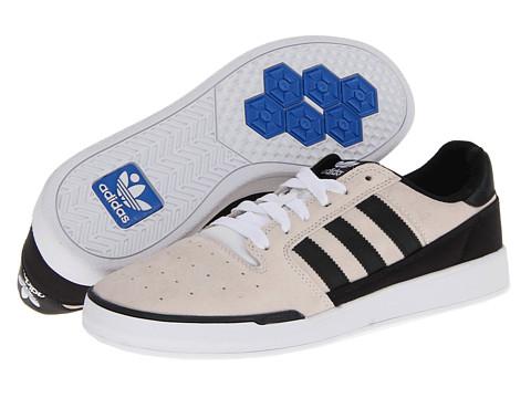 Adidasi adidas - Pitch - Running White/Black/Running White