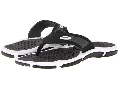 Adidasi Oakley - Crater - Black/White