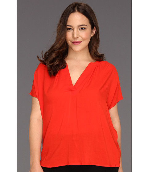 Bluze Vince Camuto - Plus Size Easy Split Neck Mixed Media Top - Fiery Red
