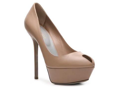 Pantofi Sergio Rossi - Leather Keyhole Pump - Nude