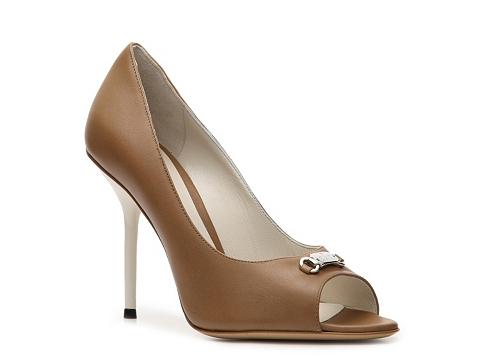 Pantofi Gucci - Leather Nameplate Pump - Camel