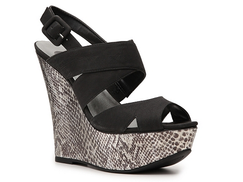 Sandale G by GUESS - Deedra Wedge Sandal - Black
