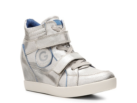 Adidasi G by GUESS - Power Metallic Wedge Sneaker - Silver
