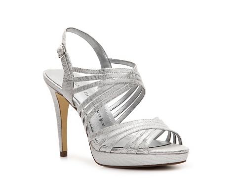 Sandale Adrianna Papell Boutique - Abbie Platform Sandal - Silver