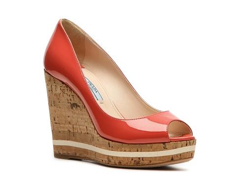Sandale Prada - Patent Leather Wedge Pump - Coral