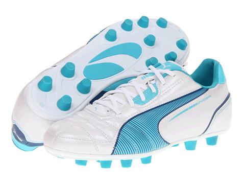 Adidasi PUMA - Universal FG Wn\s - Metallic White/Blue Curacao