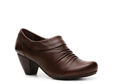 Pantofi Bare Traps - Temper Bootie - Brown