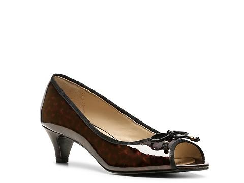 Pantofi Adrienne Vittadini - Concorde Pump - Brown