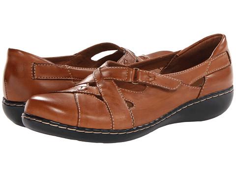 Pantofi Clarks - Ashland Trail - Tan