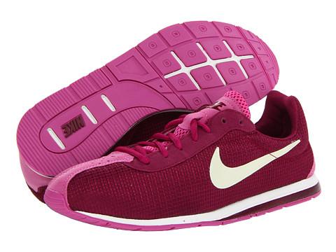 Adidasi Nike - Little Runner - Raspberry Red/Club Pink/Cherrywood Red/Metallic Cashmere