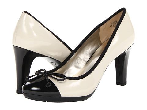 Pantofi Anne Klein New York - AK7Cutey - Vanilla Creme Patent/Black Patent