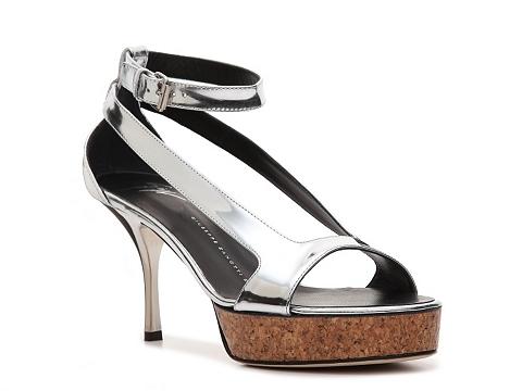 Sandale Giuseppe Zanotti - Metallic Patent Leather Platform Sandal - Silver