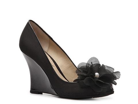 Pantofi Lulu Townsend - Blossom Wedge Pump - Black