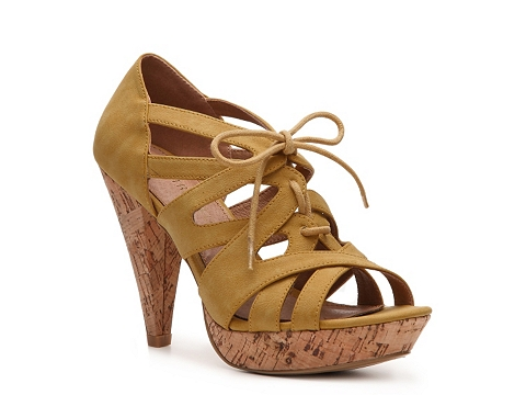 Pantofi Restricted - Sydnee Platform Pump - Yellow