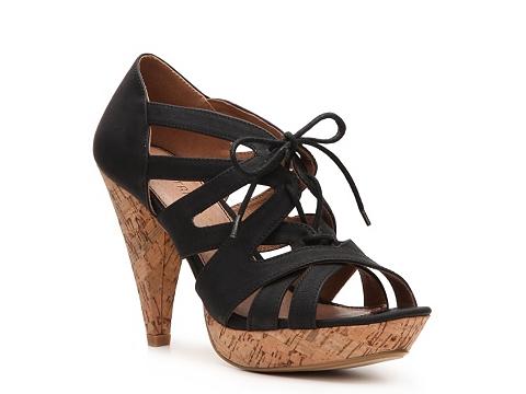 Pantofi Restricted - Sydnee Platform Pump - Black