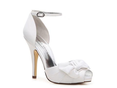 Pantofi Audrey Brooke - Earth Platform Pump - White