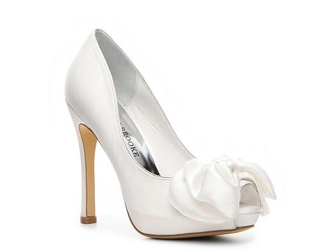 Pantofi Audrey Brooke - Erica Pump - White