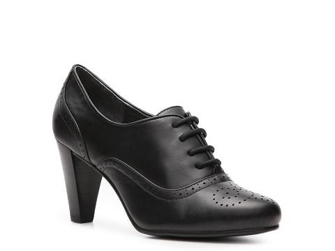 Pantofi Adrienne Vittadini - Pennsville Oxford Pump - Black