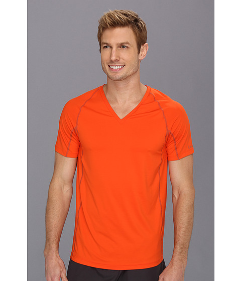 Tricouri Calvin Klein - Athletic S/S V-Neck U1738 - Clementine