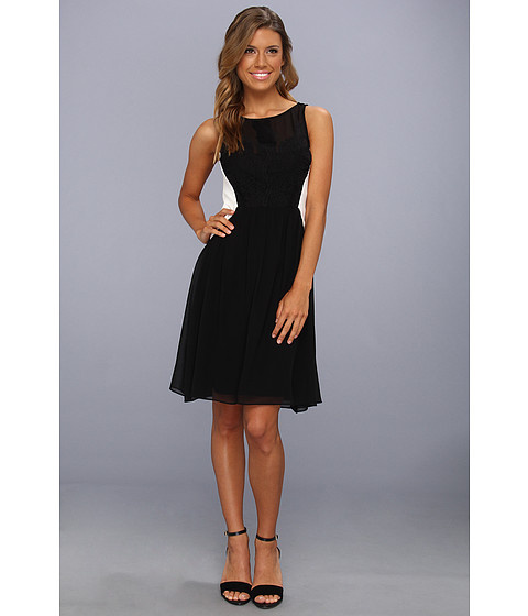 Rochii elegante: Rochie Vince Camuto - Chiffon Dress w/ Lace Detailing And Contrast Side Panels - Black/White