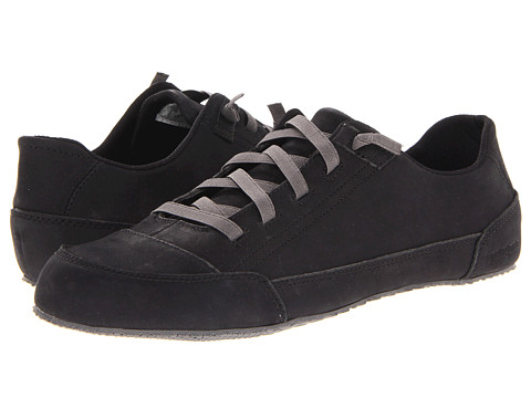 Adidasi Patagonia - Advocate Lace Smooth - Black