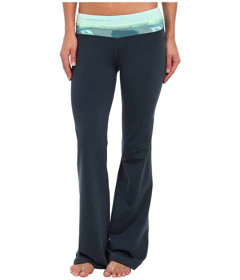 Pantaloni The North Face - Tadasana VPR Pant - Ink Blue